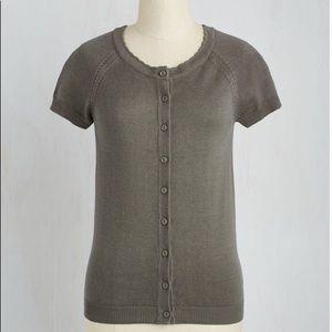 NWOT ModCloth short-sleeved grey cardigan